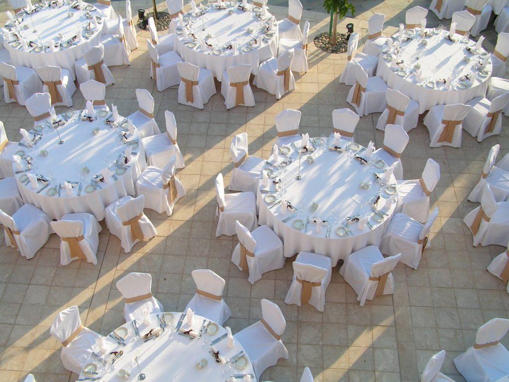 decoracion con telas para bodas de plata